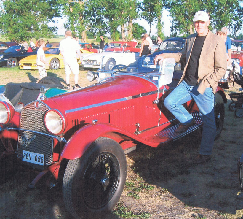 Peter with Alfa Romeo 6c 1750 #8513081 owned by his Swedish friend, Roland Frojd